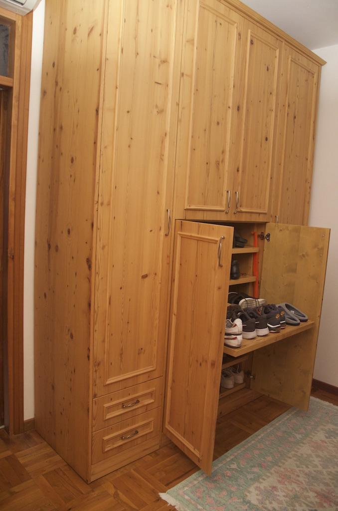 Armadi legno naturale best armadio rustico in legno di pino massello di svezia ante e cornice - Mobili in pino di svezia ...